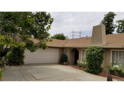 Photo of 27921 Youngberry Drive, Saugus, CA 91350 (MLS # SR18286469)