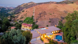 Photo of 40 Saddlebow Road, Bell Canyon, CA 91307 (MLS # SR19145190)