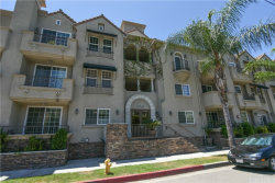 Photo of 10740 Moorpark Street, Unit 107, Toluca Lake, CA 91602 (MLS # SR19154125)