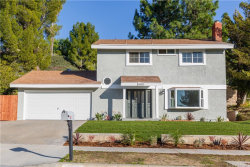 Photo of 18657 Vicci Street, Canyon Country, CA 91351 (MLS # SR20008868)