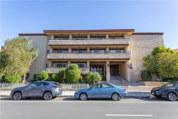 Photo of 5412 Lindley Avenue, Unit 303, Encino, CA 91316 (MLS # SR20034021)
