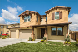 Photo of 28856 Wyatt Court, Saugus, CA 91390 (MLS # SR20066138)