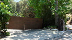 Photo of 7674 Willow Glen Road, Hollywood Hills, CA 90046 (MLS # SR20132831)