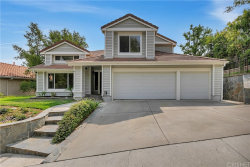 Photo of 23416 Glenridge Drive, Newhall, CA 91321 (MLS # SR20188047)
