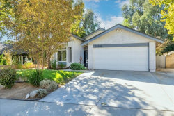 Photo of 23006 Tupelo Ridge Drive, Valencia, CA 91354 (MLS # SR20225122)
