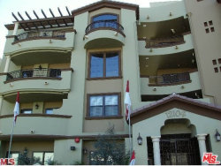 Photo of 12104 Hoffman Street, Unit 302, Studio City, CA 91604 (MLS # 18413026)