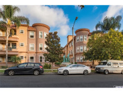 Photo of 414 E Valencia Avenue, Unit 210, Burbank, CA 91501 (MLS # 319000064)