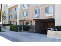 Photo of 10878 Bloomfield Street, Unit 104, Toluca Lake, CA 91602 (MLS # 319001030)