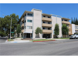 Photo of 601 E Orange Grove Avenue , Unit 202, Burbank, CA 91501 (MLS # BB17194368)