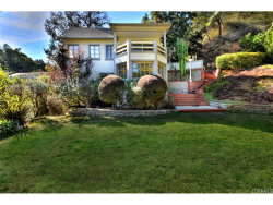 Photo of 8918 Holly Place, Hollywood Hills, CA 90046 (MLS # PW18275135)