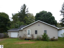 Photo of 305 Lincoln Street, Kalkaska, MI 49646 (MLS # 1868006)