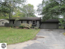 Photo of 1615 NE Aspen Drive, Kalkaska, MI 49646 (MLS # 1868769)
