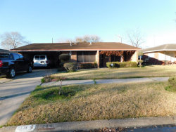 Photo of 304 Cavalier Lane, Pasadena, TX 77502 (MLS # 12684785)