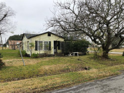 Photo of 429 Dr Martin Luther King Jr Drive, Unit D, La Porte, TX 77571 (MLS # 15453562)