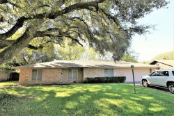 Photo of 608 University Street, Wharton, TX 77488 (MLS # 19577183)