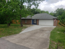 Photo of 7914 Spivey Road, Highlands, TX 77562 (MLS # 2268351)