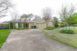 Photo of 8626 Heatherview DR Drive, Houston, TX 77099 (MLS # 29775577)