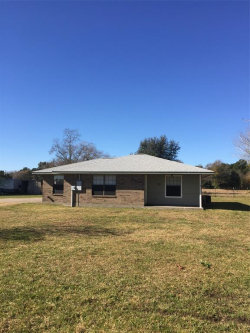 Photo of 38 Spring Circle Drive, Huntsville, TX 77320 (MLS # 3789037)