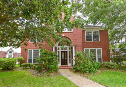 Photo of 11611 Mighty Redwood Drive, Houston, TX 77059 (MLS # 42678534)