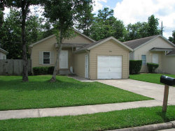 Photo of 11918 Greensbrook Forest Drive, Houston, TX 77044 (MLS # 46977534)