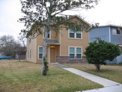 Photo of 426 S 4th Street, La Porte, TX 77571 (MLS # 48293997)