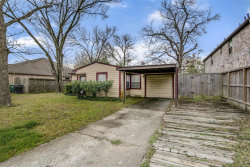 Photo of 6609 Clawson Street, Houston, TX 77055 (MLS # 48461949)