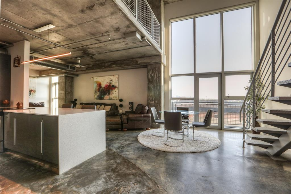 Photo for 2000 Bagby Street, Unit 7423, Houston, TX 77002 (MLS # 52715513)