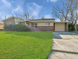 Photo of 2707 Knotty Oaks Trail, Houston, TX 77045 (MLS # 54326537)