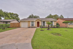 Photo of 11319 Fawngrove Drive, Houston, TX 77048 (MLS # 56976358)