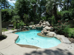 Photo of 2 Harbor Cove Drive, Spring, TX 77381 (MLS # 60694943)