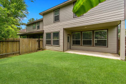 Photo of 18 Nestlewood Place, The Woodlands, TX 77382 (MLS # 63287573)