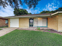Photo of 1610 13th Avenue N, Texas City, TX 77590 (MLS # 67204037)