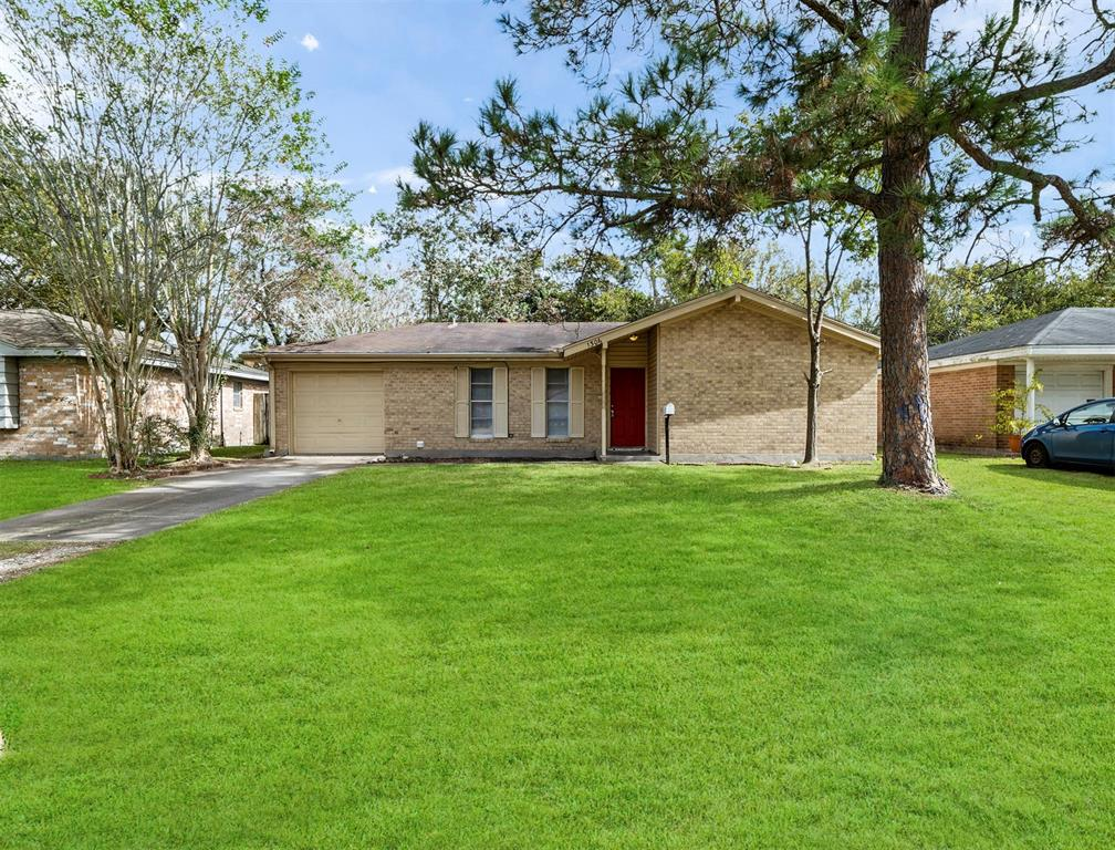 Photo for 1306 N Noble Road, Texas City, TX 77591 (MLS # 7284943)