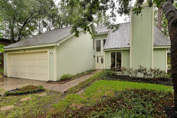 Photo of 11 N Timber Top Drive, The Woodlands, TX 77380 (MLS # 77081374)