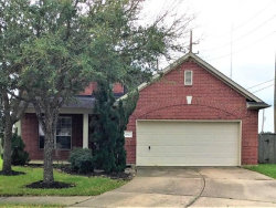 Photo of 2012 Lazy Hollow Court, Pearland, TX 77581 (MLS # 83015169)