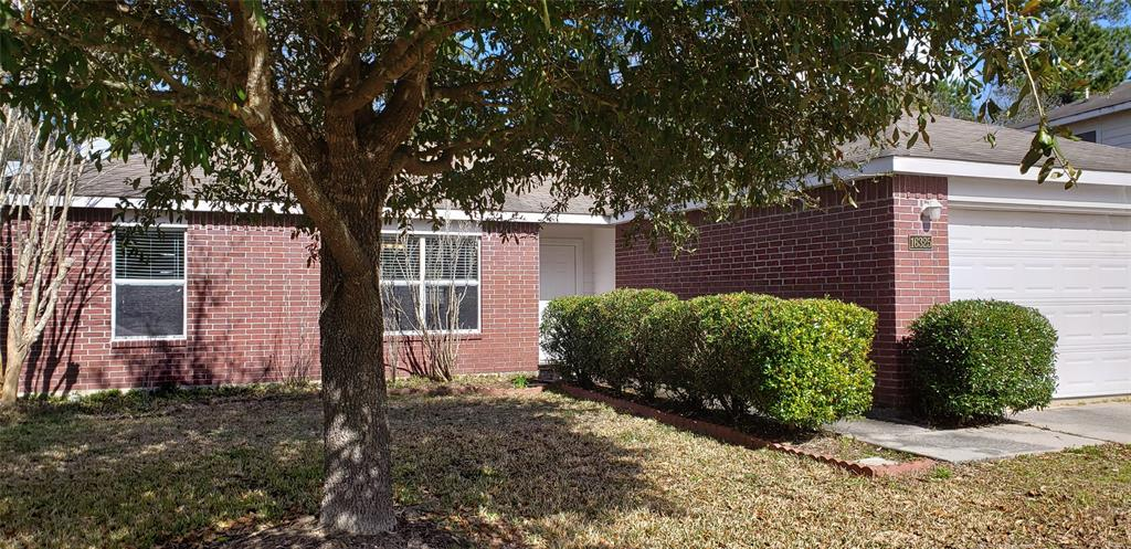 Photo for 16325 Sun View Lane, Conroe, TX 77302 (MLS # 88152135)