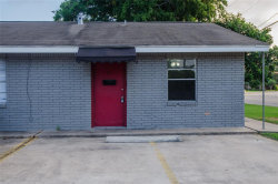 Photo of 146 S Main Street, Unit 55, Clute, TX 77531 (MLS # 93538863)