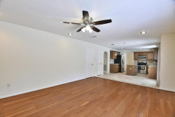 Photo of 11 Long Hearth Place, The Woodlands, TX 77382 (MLS # 95793844)