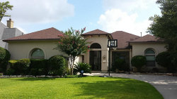 Photo of 10 Slate Path Drive, The Woodlands, TX 77382 (MLS # 96386902)