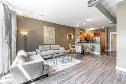 Photo of 1901 Post Oak Boulevard, Unit 4604, Houston, TX 77056 (MLS # 97960822)