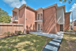Photo of 6314 Riverview Way, Houston, TX 77057 (MLS # 60238800)