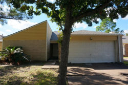 Photo of 2926 Shadow Trail Drive, Houston, TX 77082 (MLS # 10007001)