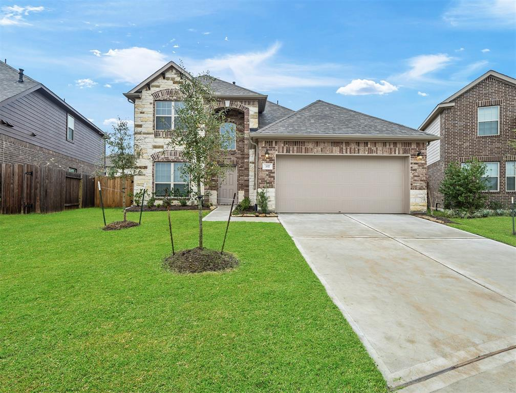 Photo for 337 Boulder Park Circle, La Marque, TX 77568 (MLS # 10164755)