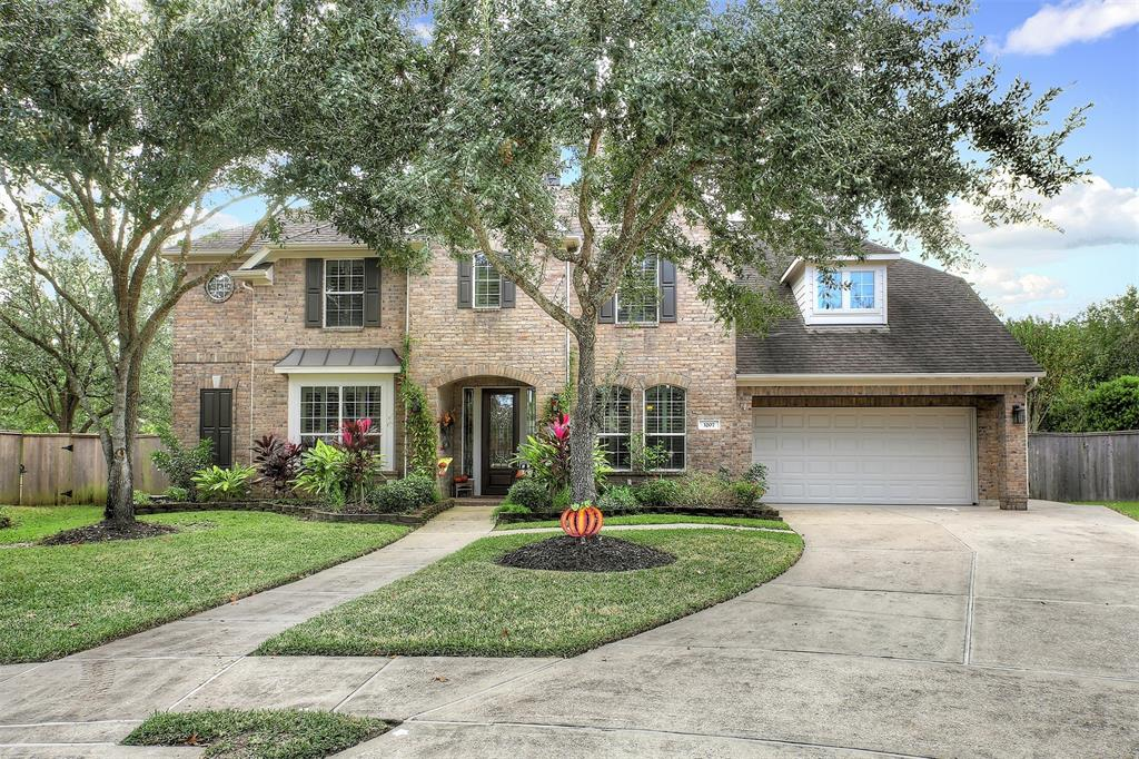 Photo for 3207 Ashe Creek Drive, League City, TX 77573 (MLS # 10290863)