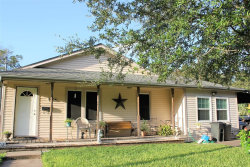 Photo of 1006 Maple, Clute, TX 77531 (MLS # 10439048)