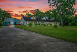 Photo of 737 Wagon Wheel Trail, Angleton, TX 77515 (MLS # 10452287)
