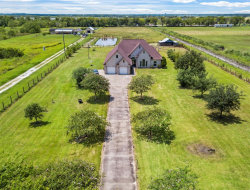 Photo of 1302 County Road 212, Angleton, TX 77515 (MLS # 10895790)