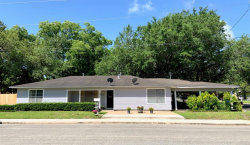 Photo of 211 Avenue I, El Campo, TX 77437 (MLS # 10923387)