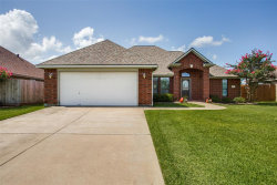 Photo of 107 Blue Bird Court, Richwood, TX 77531 (MLS # 11190096)