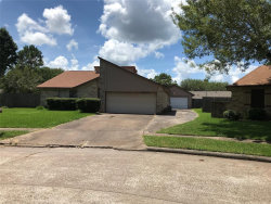 Photo of 18 Sarita Road, Angleton, TX 77515 (MLS # 11336766)